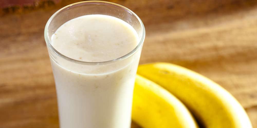 Günlük enerji ihtiyacınız için ballı muzlu süt için | Bross Life Blog